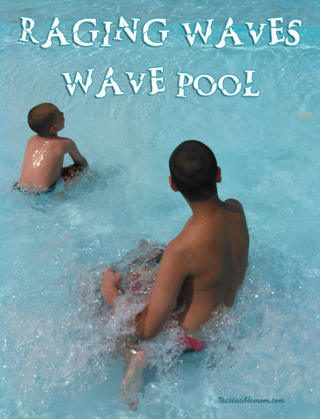 Entertainment for the Whole Family at Raging Waves Waterpark #Chicago #Staycation