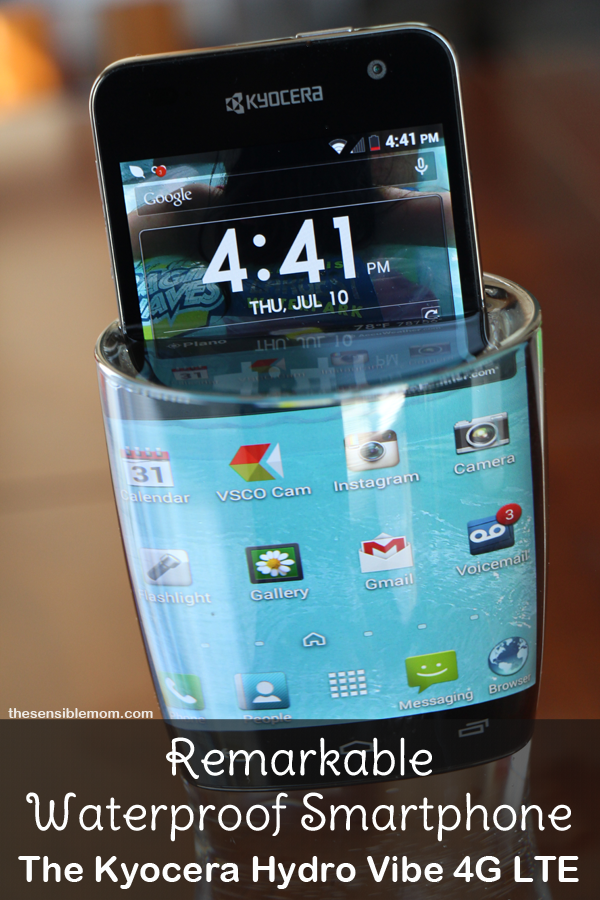 Remarkable Waterproof Smartphone: The Kyocera Hydro Vibe 4G LTE #SprintMom