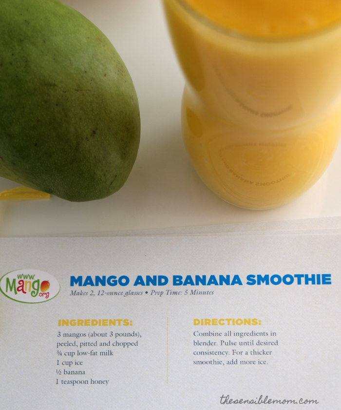 This is a delicious recipe for a mango and banana smoothie! #MakeItMango