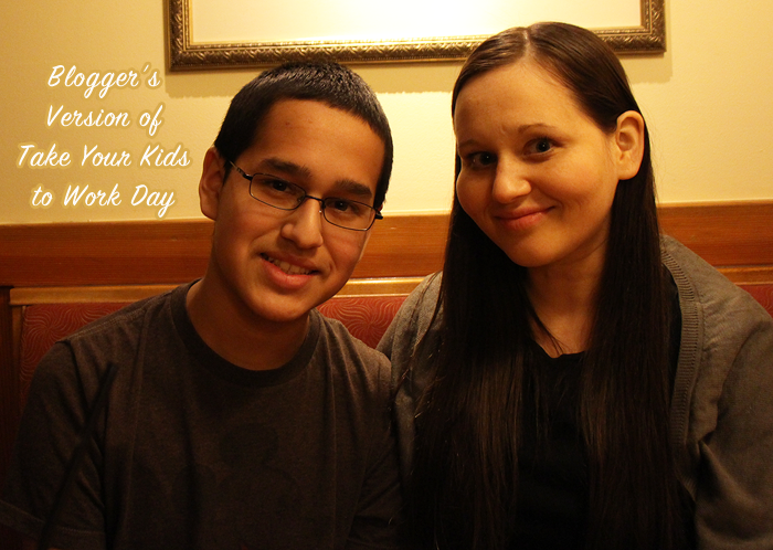 A Blogger's Version of Take Your Kids to Work Day and Dinner at Olive Garden (Vlog)