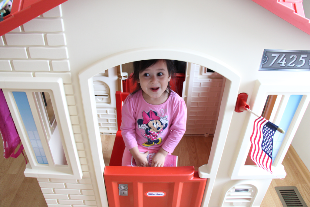Little Tikes Playhouse Fun Playtime Review VIDEO!