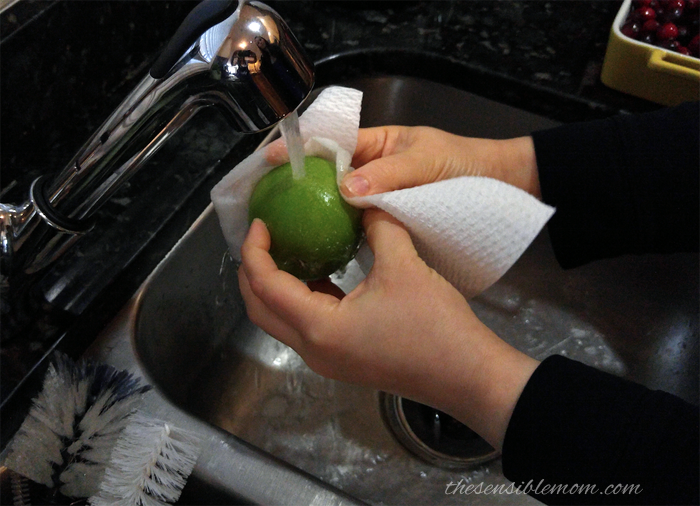 Clever Kitchen Switch Ups Using Viva Vantage Paper Towels #7DaySwitchUp #kitchen #tips