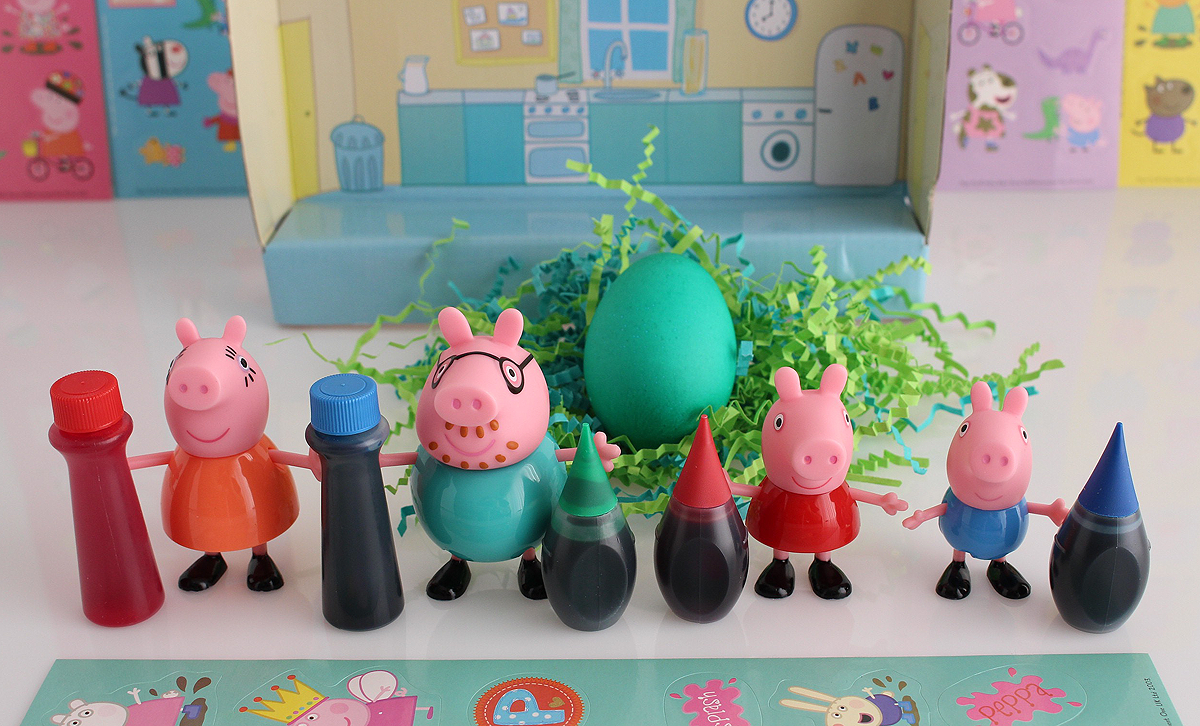 Coloring Peppa Pig Easter Eggs with Peppa Pig Toys and Peppa Pig Stickers is so much fun! This is a great craft to do with your kids or simply just a fun video to watch and share with them! #peppapig #easter #eggs #crafts